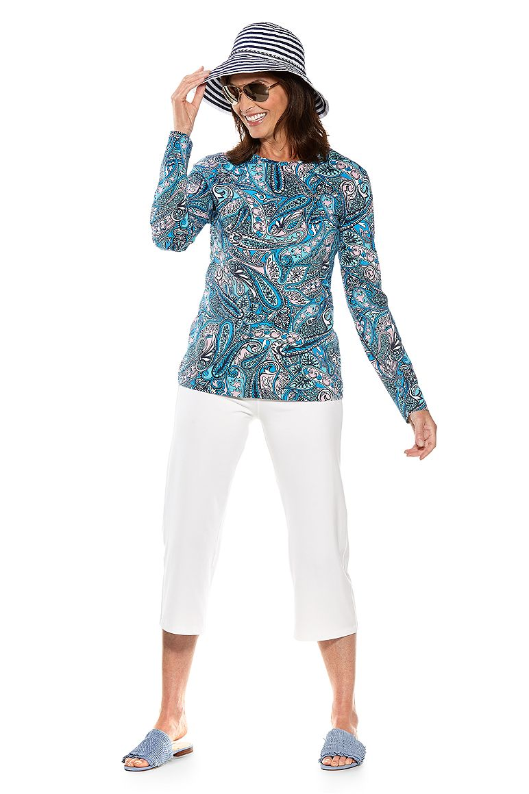 Everyday Printed T-Shirt & Beach Capris Outfit