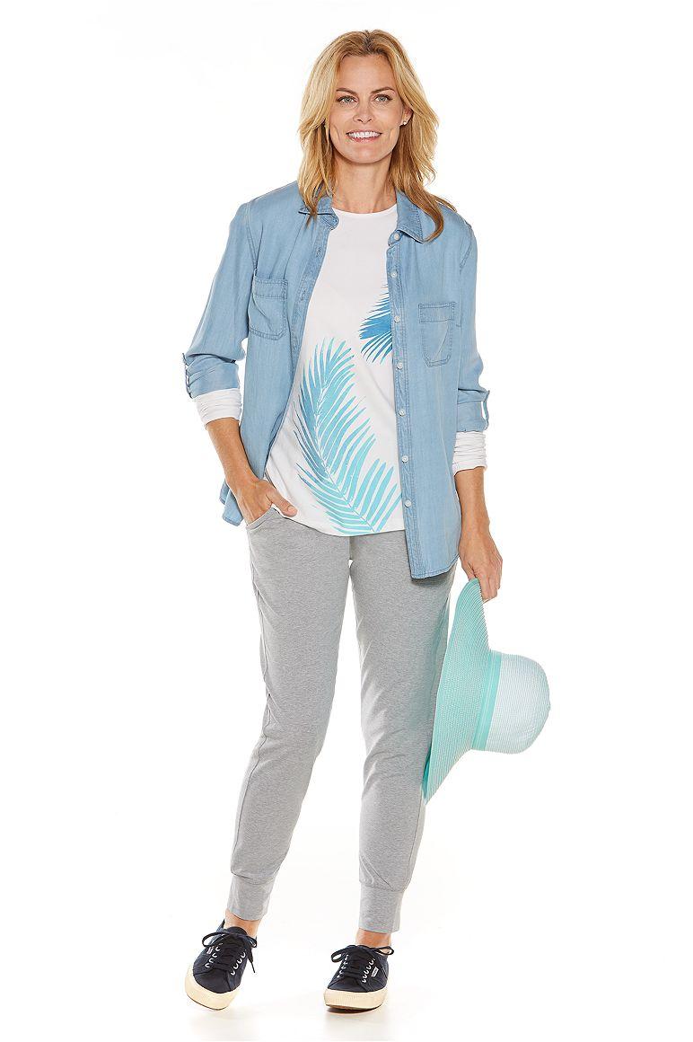 Peninsula Chambray Shirt & Graphic Tee Outfit