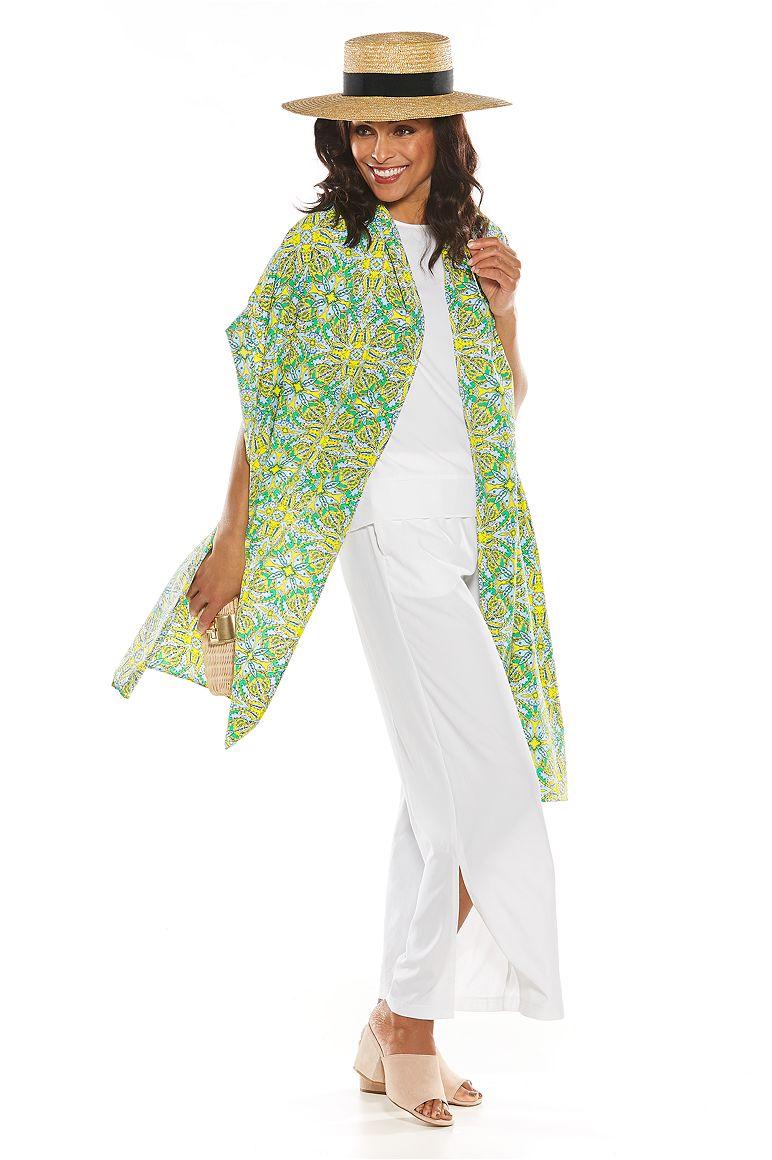 Summer Sun Hat & Printed Beach Shawl Outfit