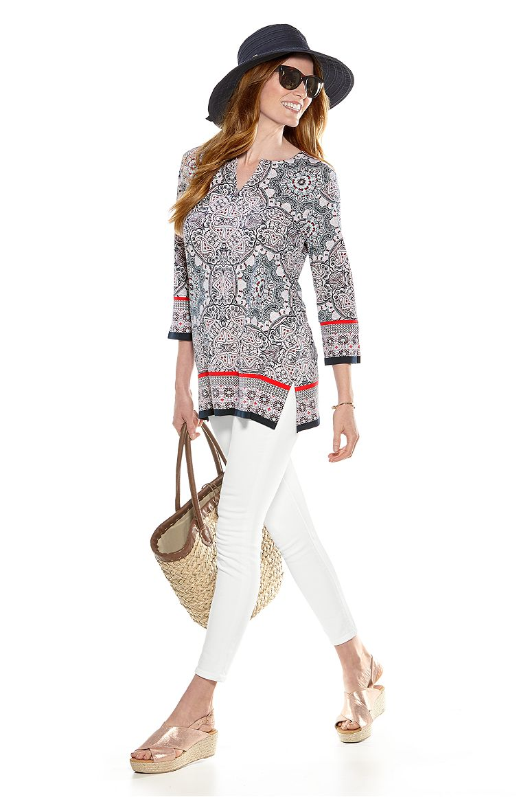 Ribbon Hat & St. Lucia Tunic Top Outfit