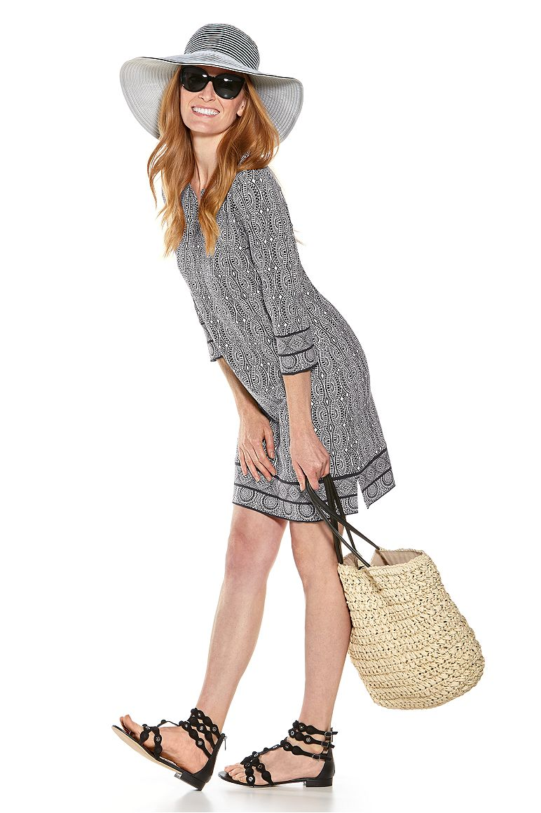 COMPACT IN A SNAP!™ Ginger Ribbon Hat & Oceanside Tunic Dress Outfit