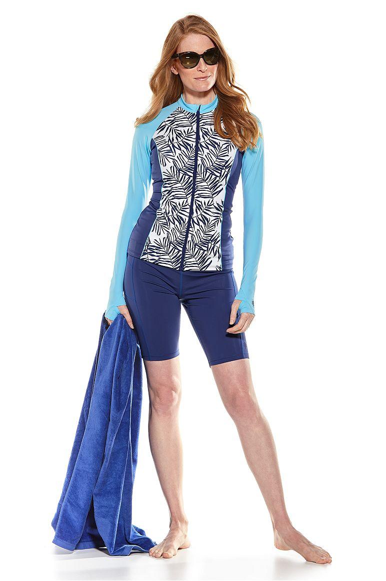 Escalante Rash Guard Jacket & Santa Cruz Swimming Shorts Outfit