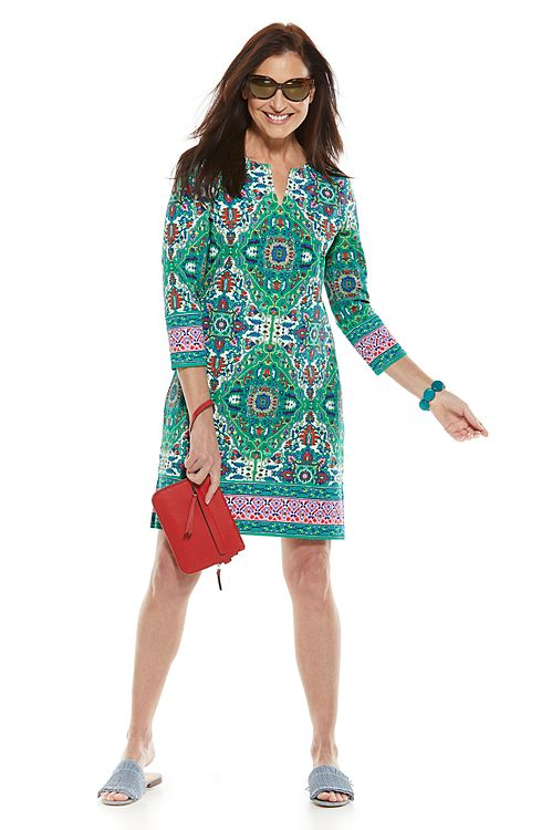 Oceanside Tunic Dress & Kaenon Lina Sunglasses Outfit
