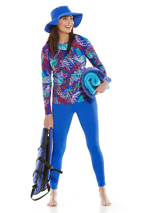 Hightide Long Sleeve Swim Shirt & Santa Cruz Swim Leggings Outfit
